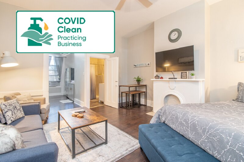 Location! Fresh and Clean Studio 5min to DownTown, holiday rental in Cheviot