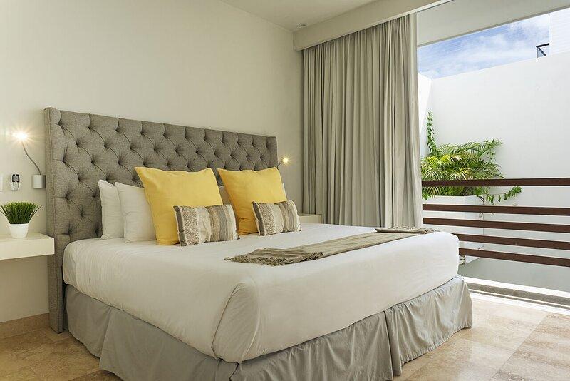 Tropic 402 Tasteful 20Mbps optic fiber apartment *Month Rates, holiday rental in Solidaridad