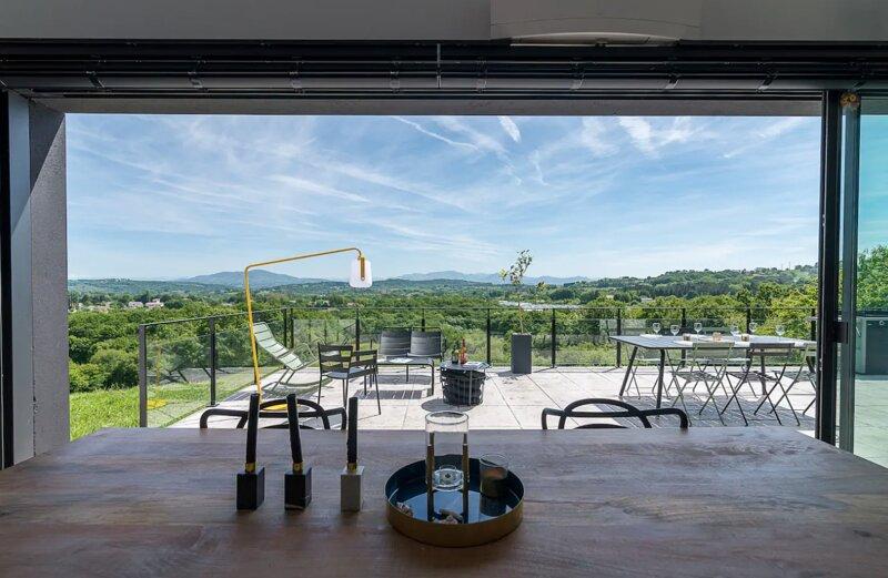 Villa Mendia - Basque Country, alquiler vacacional en Lahonce