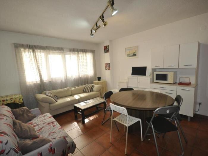 Apartment building Mont Blanc Pradollano 8pax, alquiler de vacaciones en Pradollano