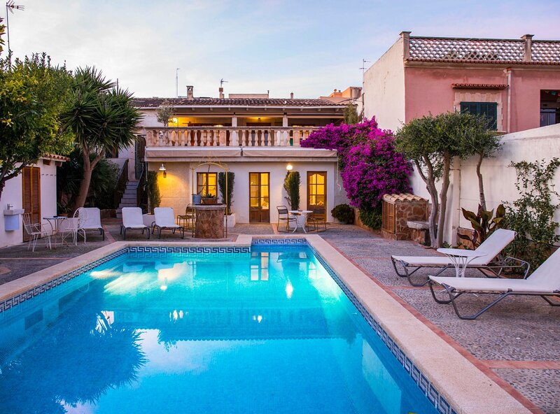 Villa Sant Josep, wifi, piscina, barbacoa, ideal para descansar, holiday rental in Palma de Mallorca