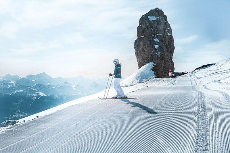 160 SQM OF OASIS IN GSTAAD SANNENLAND, aluguéis de temporada em Gstaad