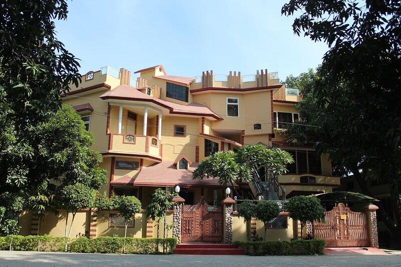 The Corbett Orchard- Home Stay at Jim Corbett National Park,Ramnagar, holiday rental in Teda
