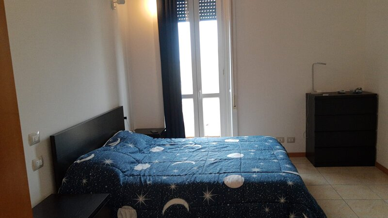 camera con bagno privato, vacation rental in Brusuglio
