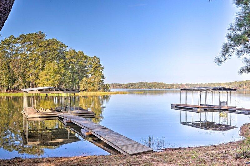 NEW! Peaceful Tignall Cabin on Strom Thurmond Lake, casa vacanza a Lincolnton