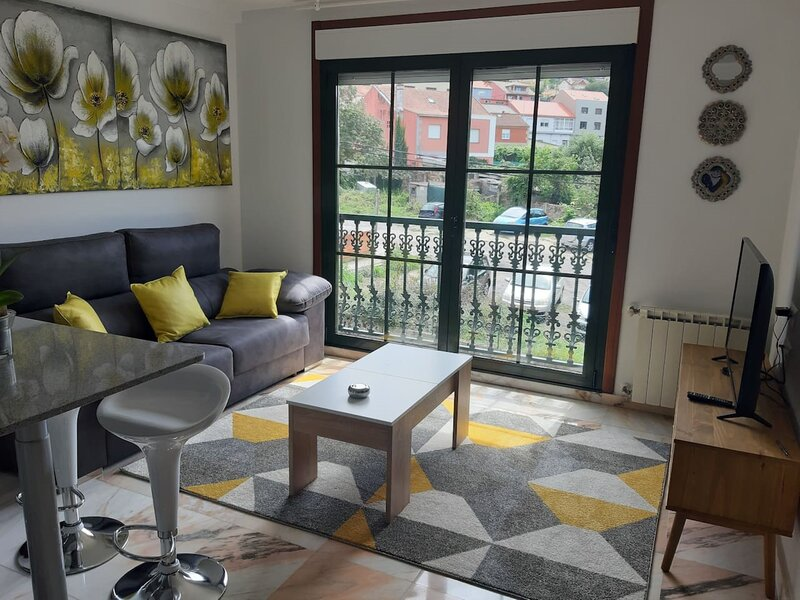 Apartment - 1 Bedroom with WiFi - 108749, holiday rental in Castrelo