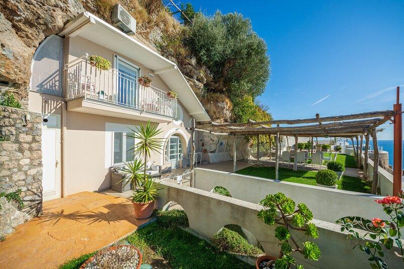 Villa Mare Blu, location de vacances à Maiori