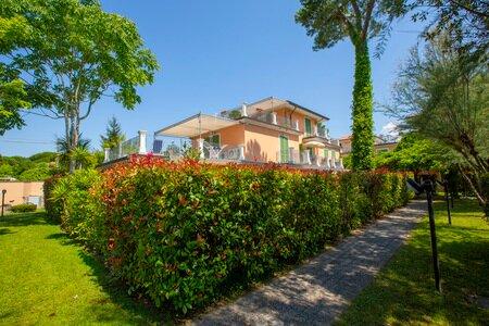 Il Glicine 1, vacation rental in Ronchi
