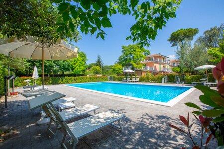 Il Glicine 4, vacation rental in Ronchi