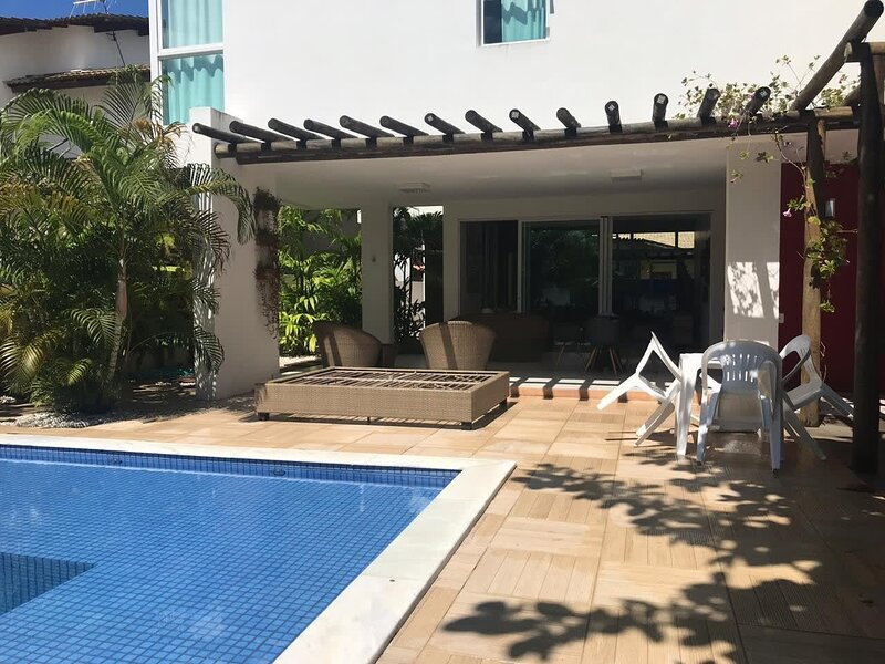Family fun in Barra de São Miguel - ALA011, holiday rental in State of Alagoas