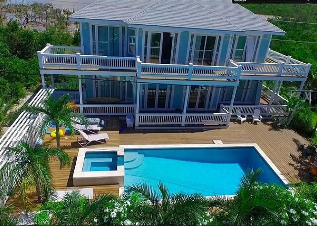 New Beach Villa at French Leave Bch, Pool, Hot Tub, Gym, Prestigious Banks Rd, location de vacances à Eleuthera