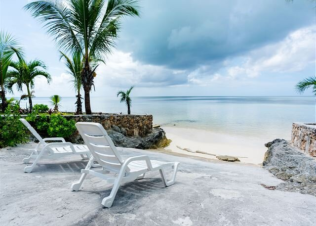 Brand New Cottage on Private Beach!, holiday rental in Saint Georges Island