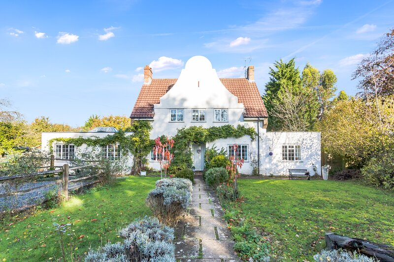 Wisteria House - Perfect country retreat in the heart of Sussex, Near Brighton, vacation rental in Steyning