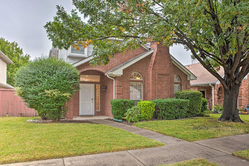 NEW! Cozy & Quiet Coppell Home Close to Legoland!, holiday rental in Coppell