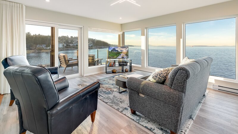 Orca View Suite in 10 Mile Point, holiday rental in Lime Kiln