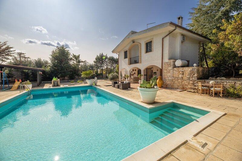 Villa Corallo - Martina Franca, holiday rental in Villa Castelli