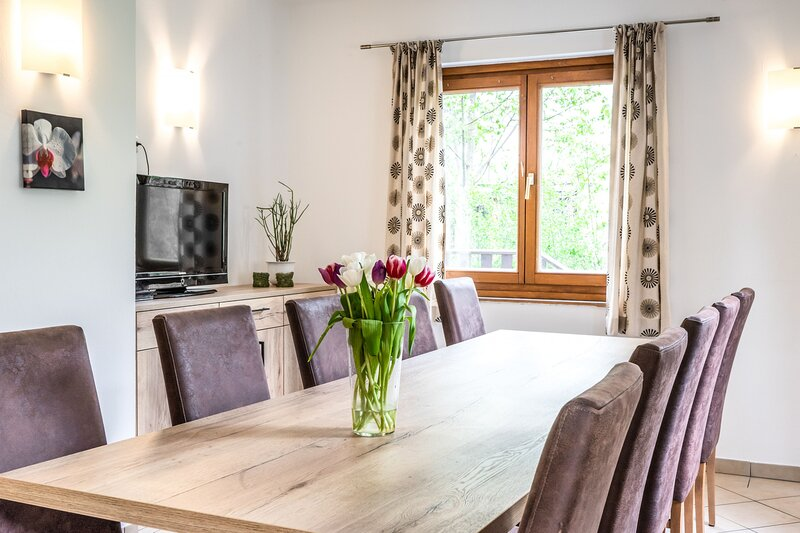 Heaven Holiday Chalet, holiday rental in Kaprun