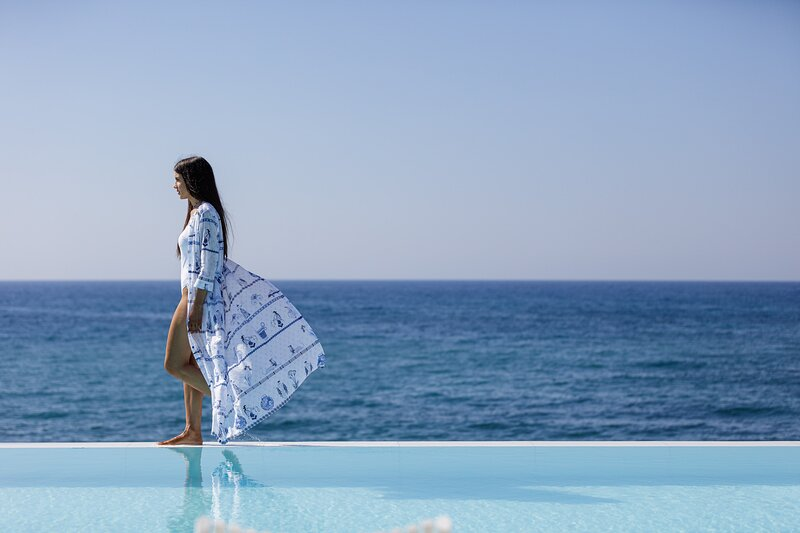 Hermes Grand Luxury Beachfront Villa & Spa!, location de vacances à Skaleta