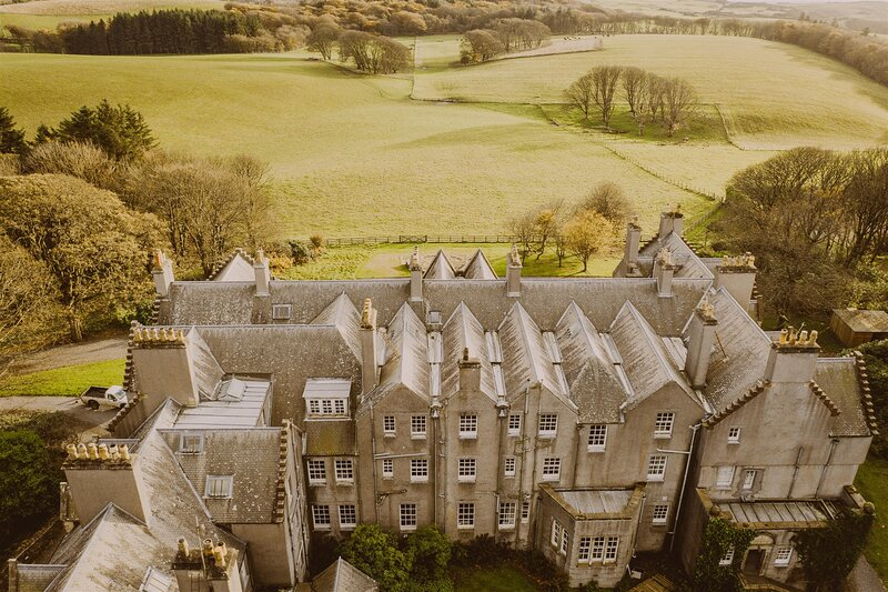 Penthouse in a Castle: Velvet Upperground on 2000-acre Private Estate by the Sea, vacation rental in Portpatrick