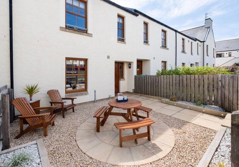 Coastal Haven- stunning East Neuk home with games room, alquiler vacacional en Crail