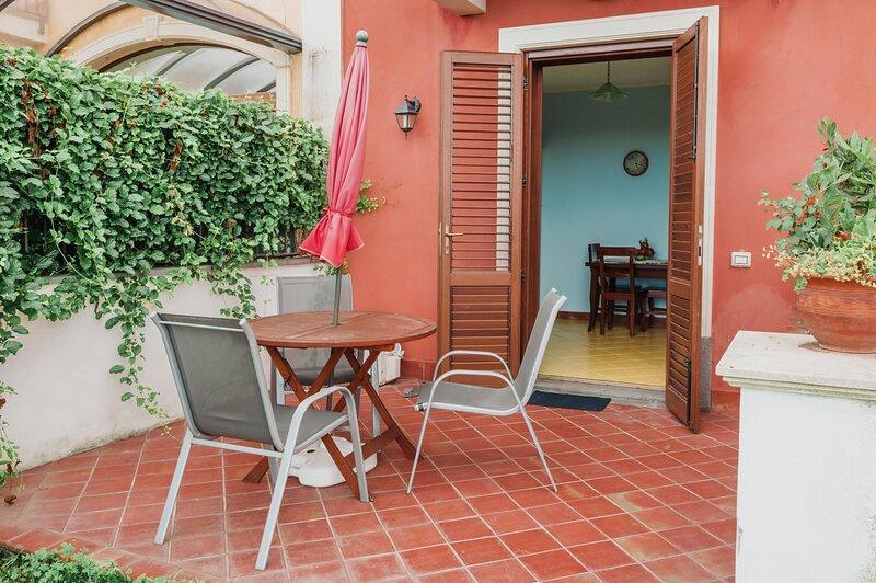 Appartamento Degli Angeli - S.Tecla, holiday rental in Scillichenti