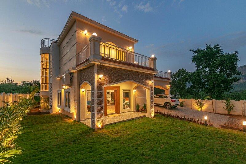 Iris Manor by Vista Rooms, aluguéis de temporada em Raigad District