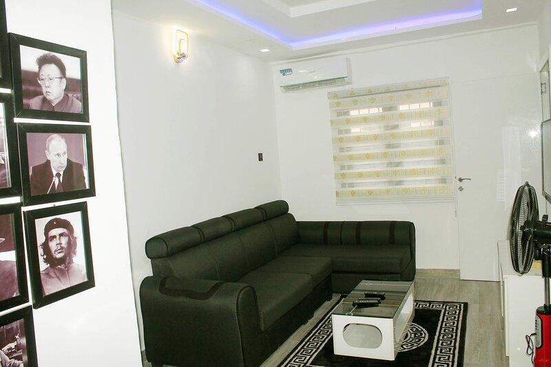 La Bodega Serviced Luxury Apartment, Lekki Phase 1, alquiler vacacional en Lekki