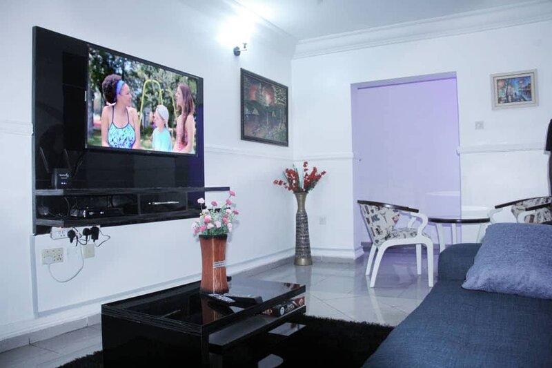 HT-Oriental Luxury Serviced Apartment, Wuse 2, Abuja, alquiler vacacional en Abuja