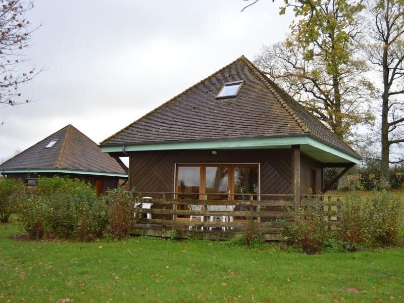 Chalet de La Ganne 2, holiday rental in Lourdoueix Saint Pierre