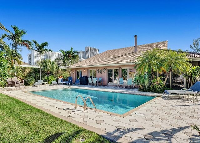 Private Villa in Lauderdale by the Sea – semesterbostad i Lauderdale by the Sea