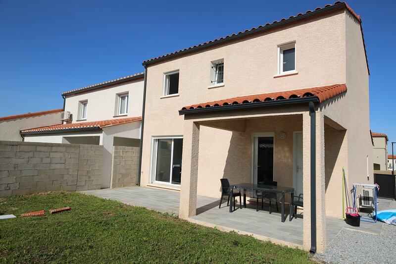 Ideally situated between the  Mediterranean and Pyrenees, alquiler vacacional en Agullana