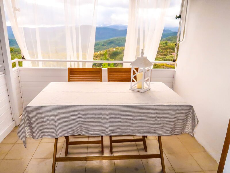 Bouganville (ASC201), holiday rental in Cantone
