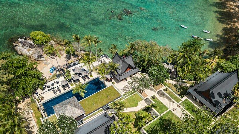 Villa Purissara - Beachfront Luxury Villa, alquiler de vacaciones en Kamala