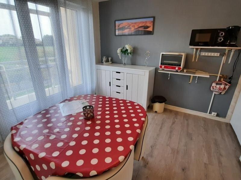 Appartement proche THERMES DU CONNETABLE, location de vacances à La Roche-Posay