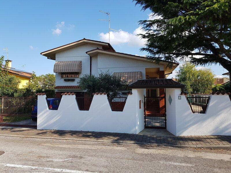 A casa dei nonni - Staranzano, holiday rental in Savogna d'Isonzo