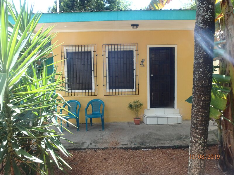 Wish Willy Getaway Cabana, holiday rental in San Ignacio