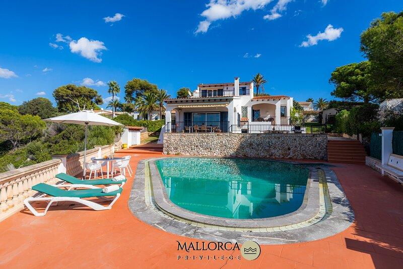 Cala Anguila Poolbeach, vacation rental in Cala Mandia