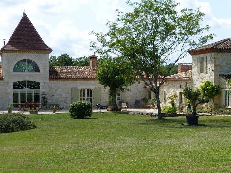 Luxury Holiday home, location de vacances à Thézac