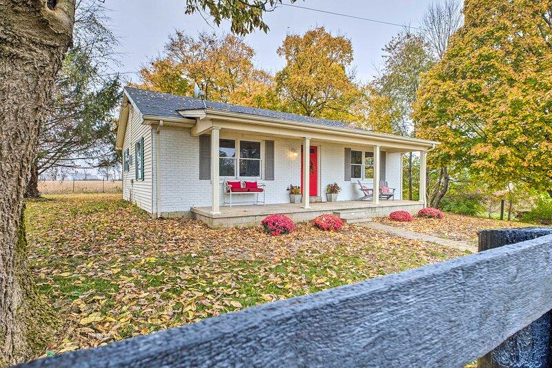 NEW! Charming Guesthouse Getaway on 10-Acre Farm!, location de vacances à Lawrenceburg