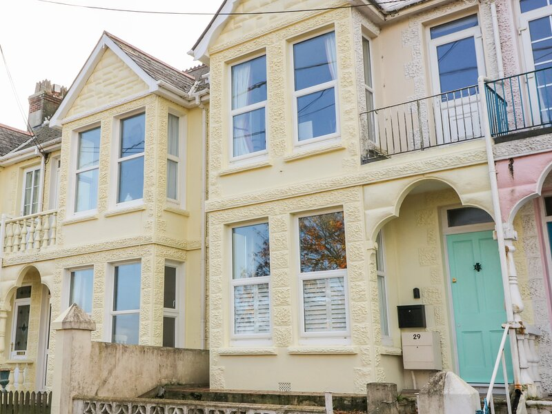 Harbour View, Torpoint, holiday rental in St John-in-Cornwall