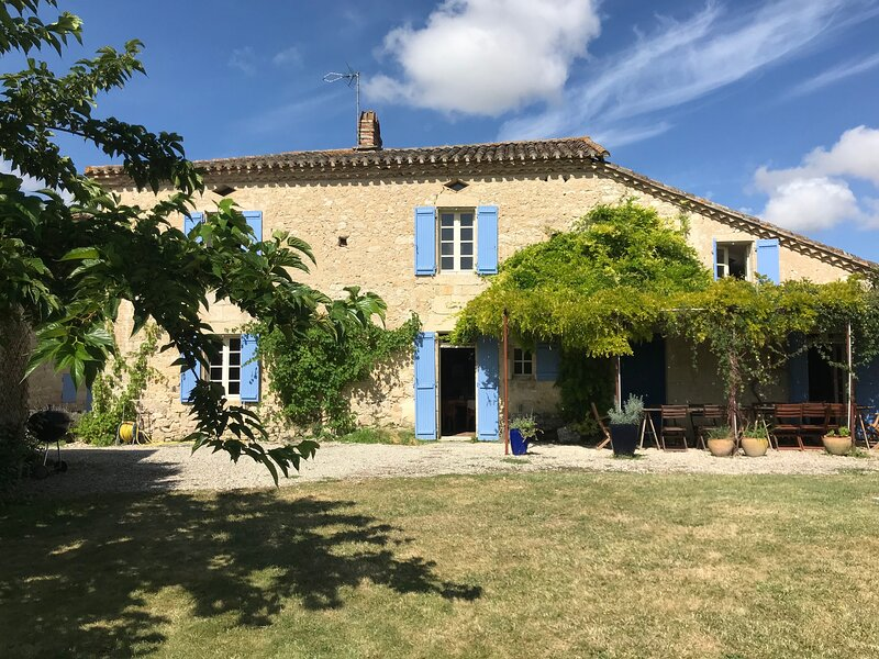Les Guillamaux, vacation rental in Lavit