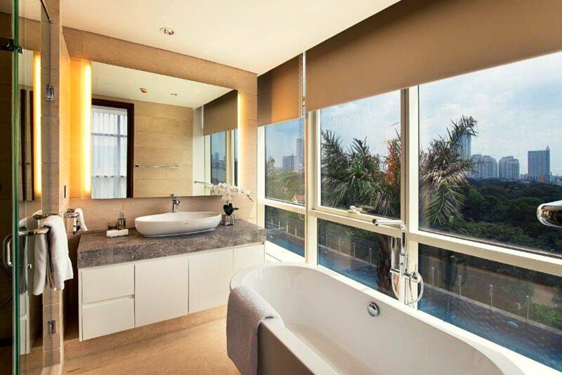 Three-bedrooms Apartment, Oakwood Suites La Maison Jakarta – semesterbostad i South Tangerang