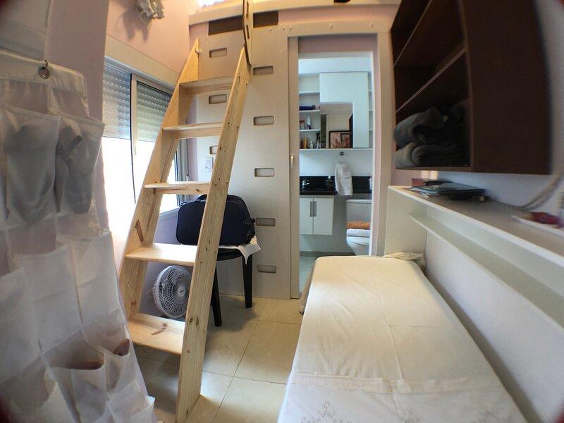 Pompéia HomeStay - Suíte Japão Dumont, aluguéis de temporada em Caieiras
