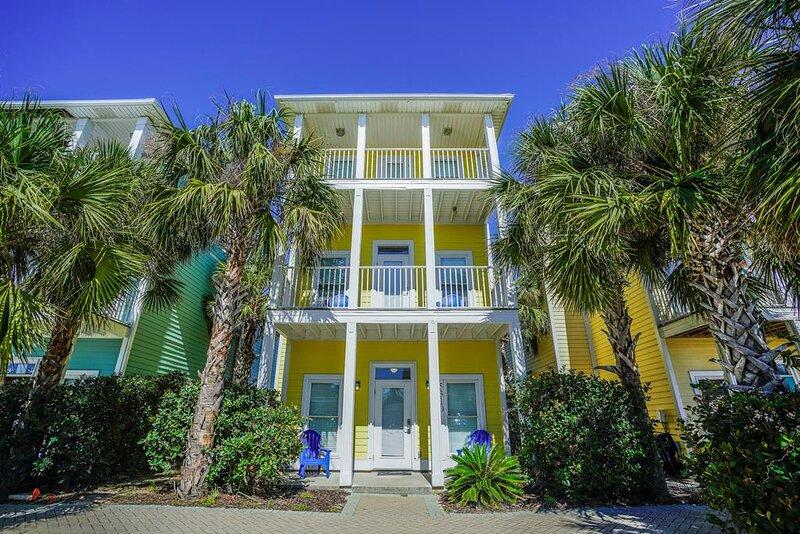 Beach House Rental - Salty Dreams, casa vacanza a Upper Grand Lagoon