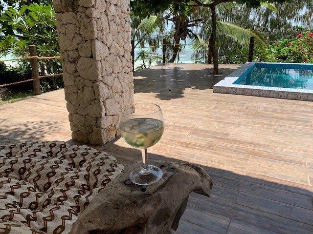 ZI DHOW BEACH VILLA & ZI LOFT- ZANZIBAR OPPOSITE MNEMBA ISLAND, vacation rental in Zanzibar Island