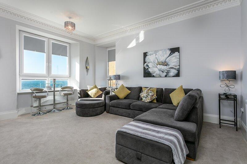 Coastal Retreat - Donnini Apartments, aluguéis de temporada em Prestwick