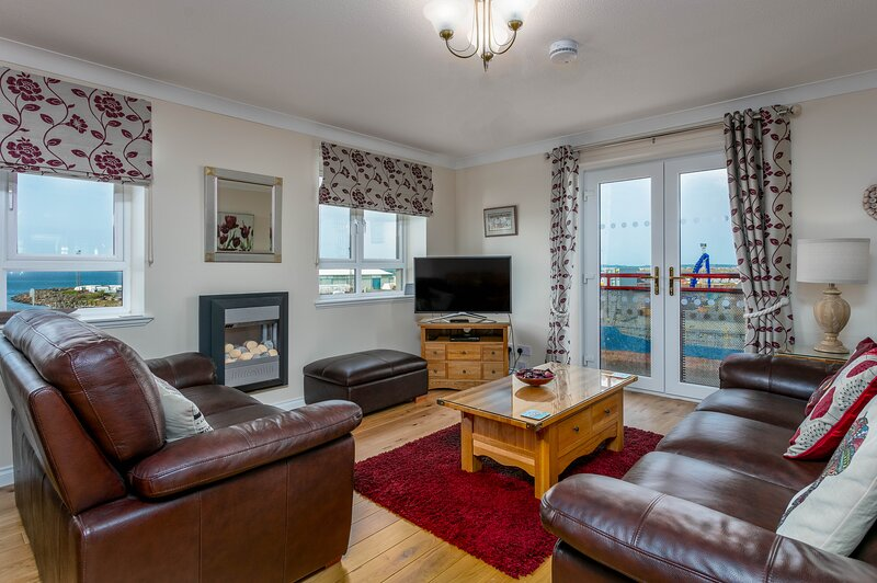 Arran View - Donnini Apartments, holiday rental in Ayr