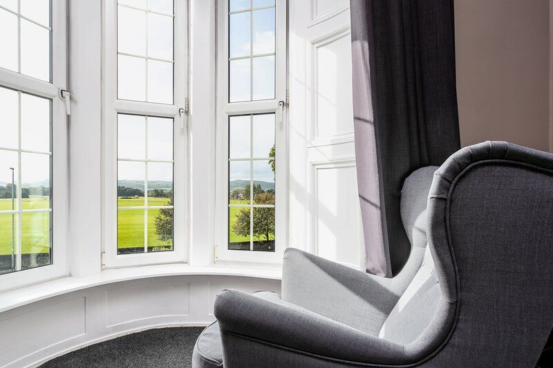 Racecourse View - Donnini Apartments, aluguéis de temporada em South Ayrshire