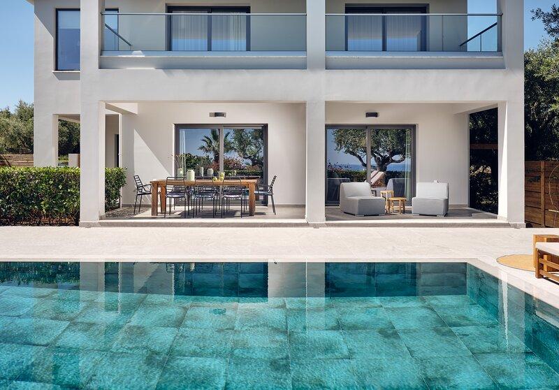 Spectacular Athina Luxury Residence, vacation rental in Bochali