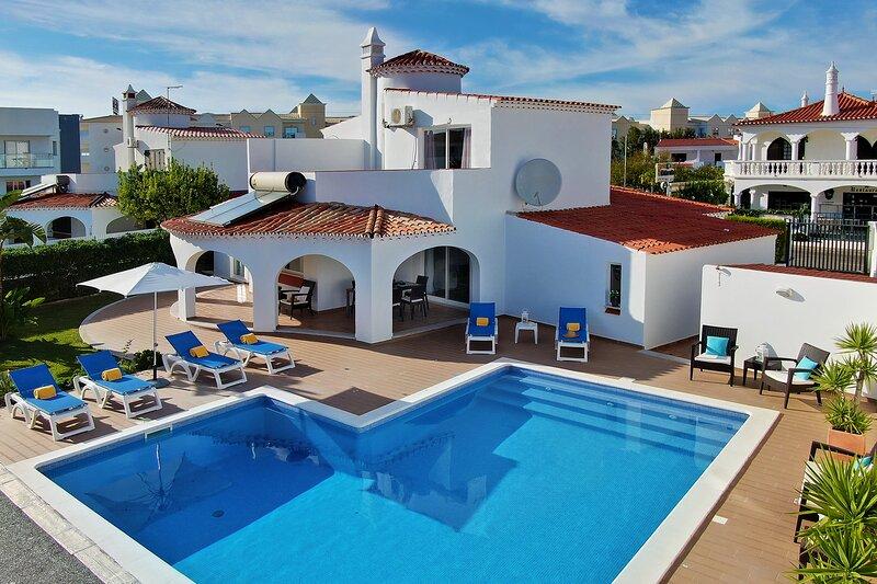 Villa Francella - Nice and relaxing holiday - Praia da Oura - Algarve, alquiler de vacaciones en Areias de Sao Joao